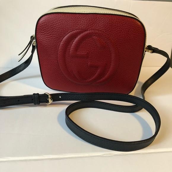 ddd5984f58cd Gucci Handbags - Authentic 💯 Like new Gucci soho crossBody bag